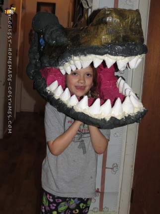 Awesome Jurassic Park Costumes: T-Rex and Ellie
