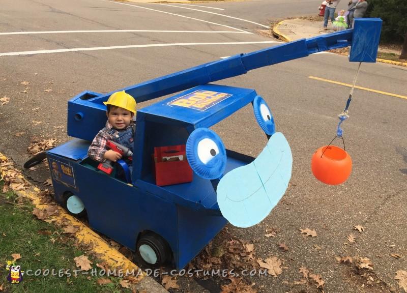 Bob and Lofty at a Halloween parade