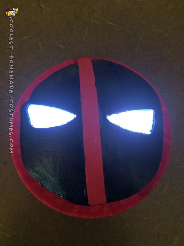 Cool Deadpool Costume - 7
