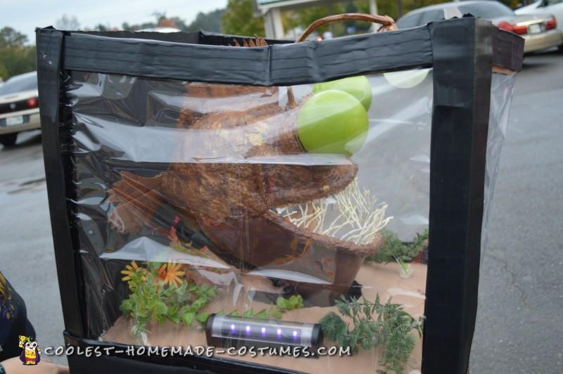 Coolest Angler Fish in a Aquarium Costume - 2