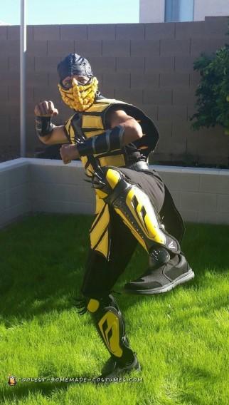 Cool DIY Mortal Kombat Costume