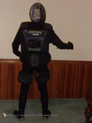 Cool DIY Robot Costume