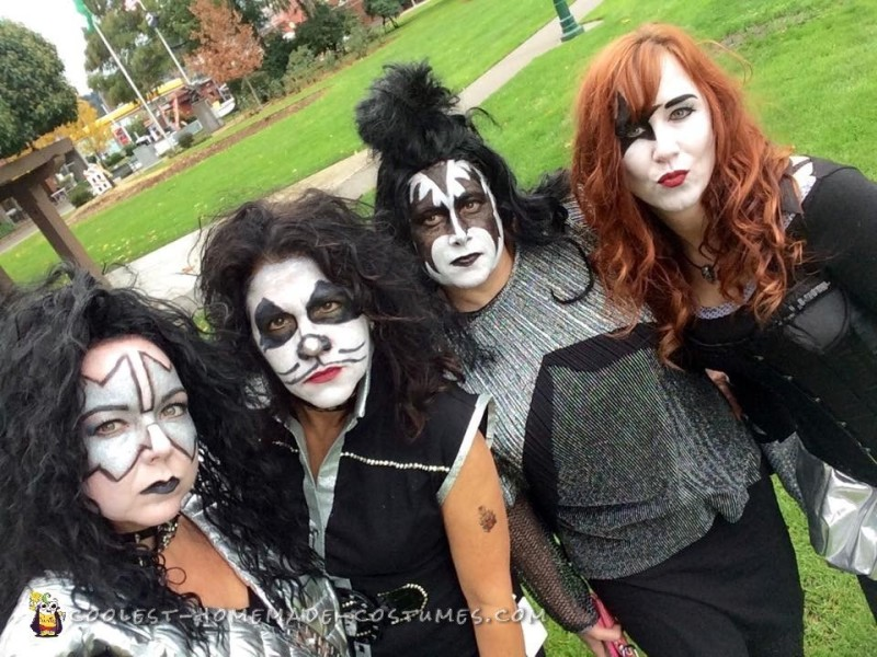 All-Girl Group Costume: KISS Rock Stars for a Day - 2