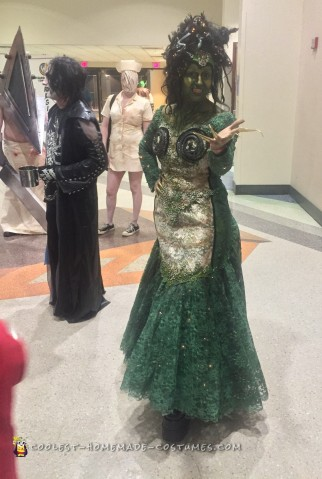 Cool DIY Medusa Costume