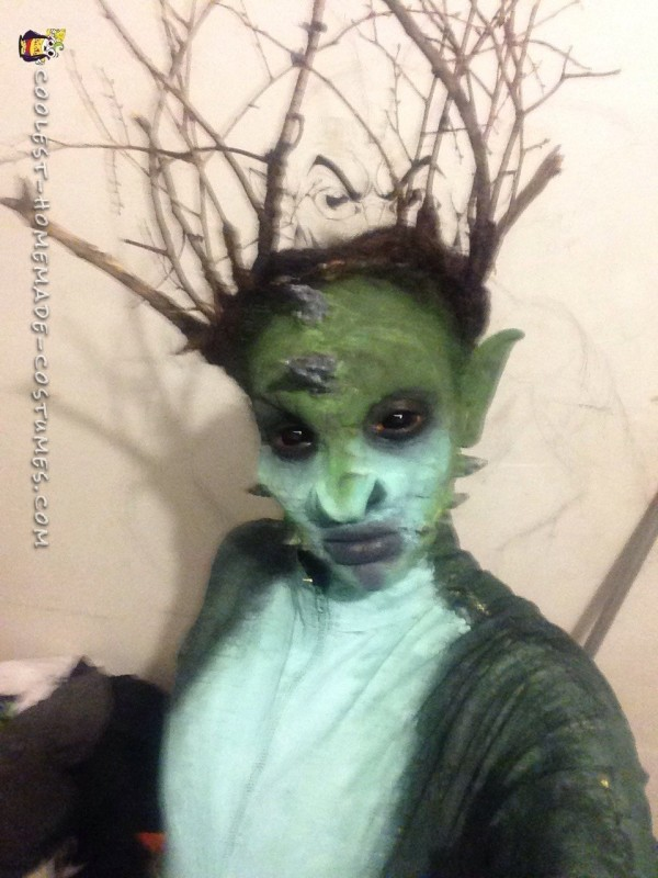 Awesome DIY Reptilian Alien Costume - 2