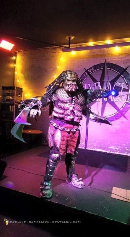 Predator Costume Made of Recycled Parts - 1