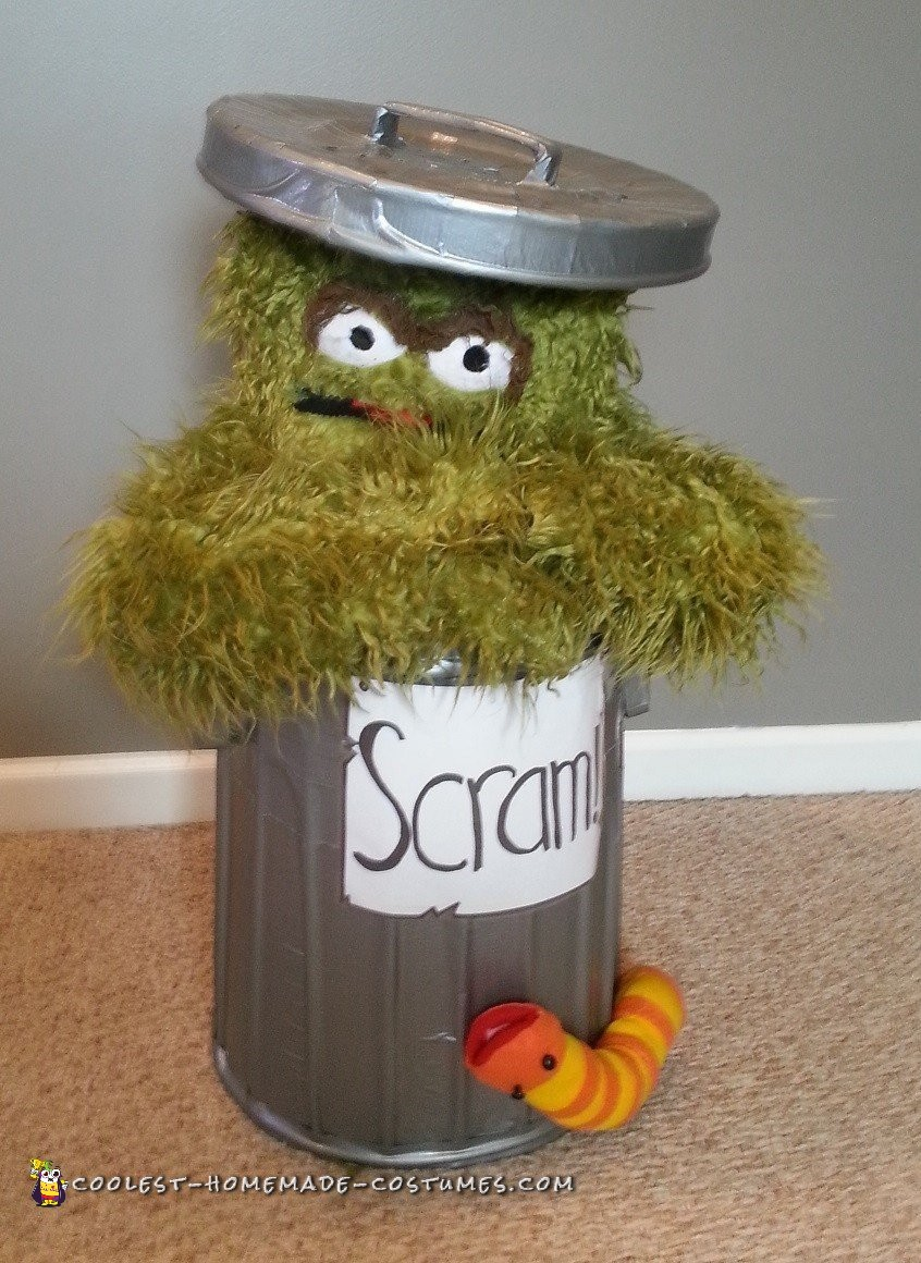 The Most Realistic Oscar the Grouch Costume Ever!