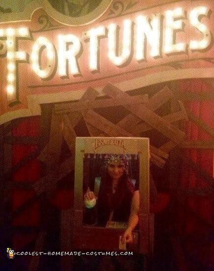 Vintage Coin-OP Arcade, Esmeralda Fortune Teller Costume - 3