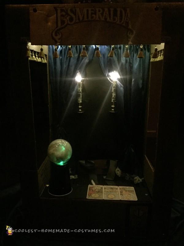 Vintage Coin-OP Arcade, Esmeralda Fortune Teller Costume - 1