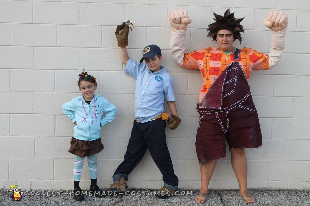 Cool Wreck-it Ralph Family Costumes