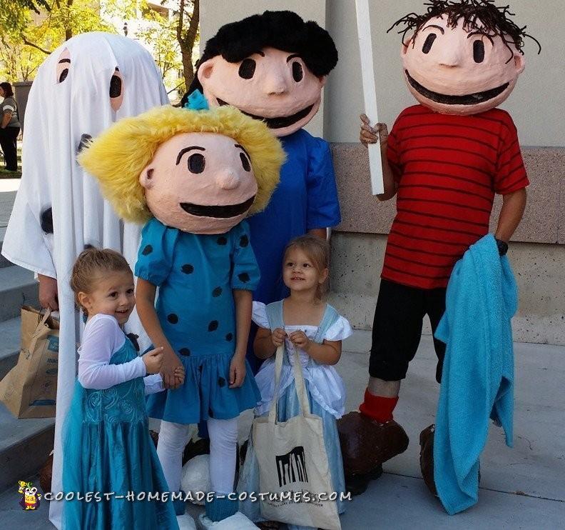 Charlie Brown Gang Costumes Welcome Great Pumpkin