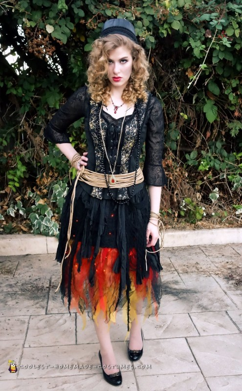 Blazing Witch on Fire Costume - 1