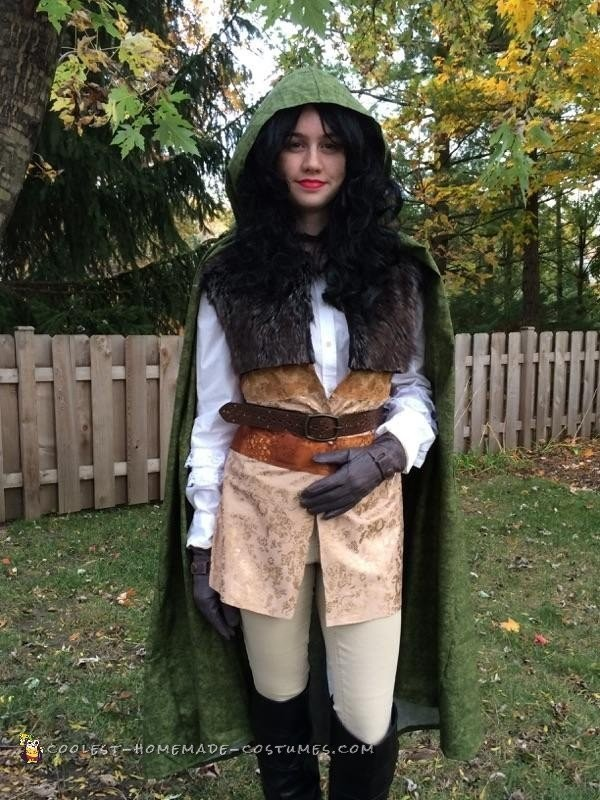 Once Upon a Time Costume: Young Adult Snow White the Bandit
