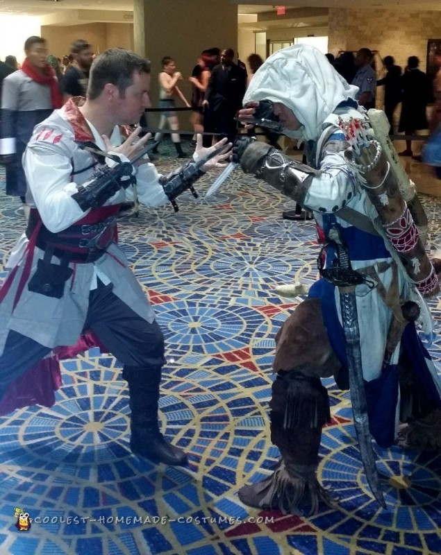 Assassin's Creed 2 Ezio Auditore Costume - 8
