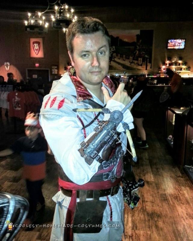 Assassin's Creed 2 Ezio Auditore Costume - 6