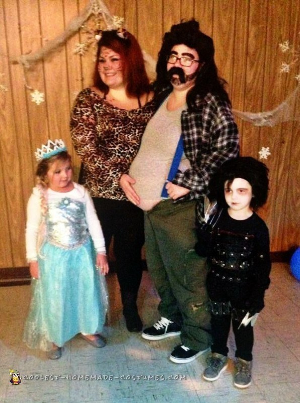Beer Belly Hillbilly Costume Idea for a Pregnant Woman - 1