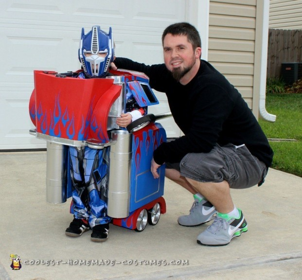 Coolest Transforming Optimus Prime Costume
