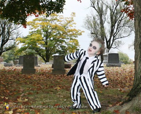 Family Beetlejuice Character Costumes - 2