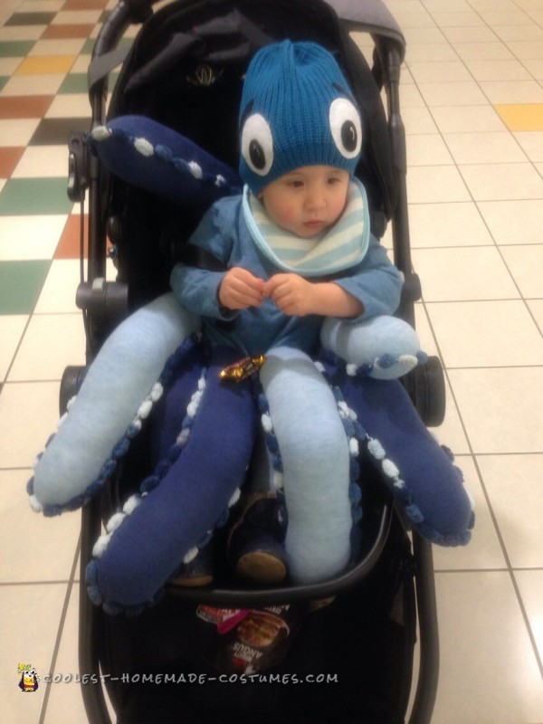 Bet you never thought you'd see an octopus in a stroller!