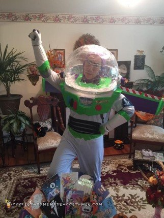 Coolest DIY Buzz Lightyear Costume