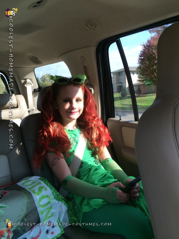 Cool DIY Poison Ivy Costume