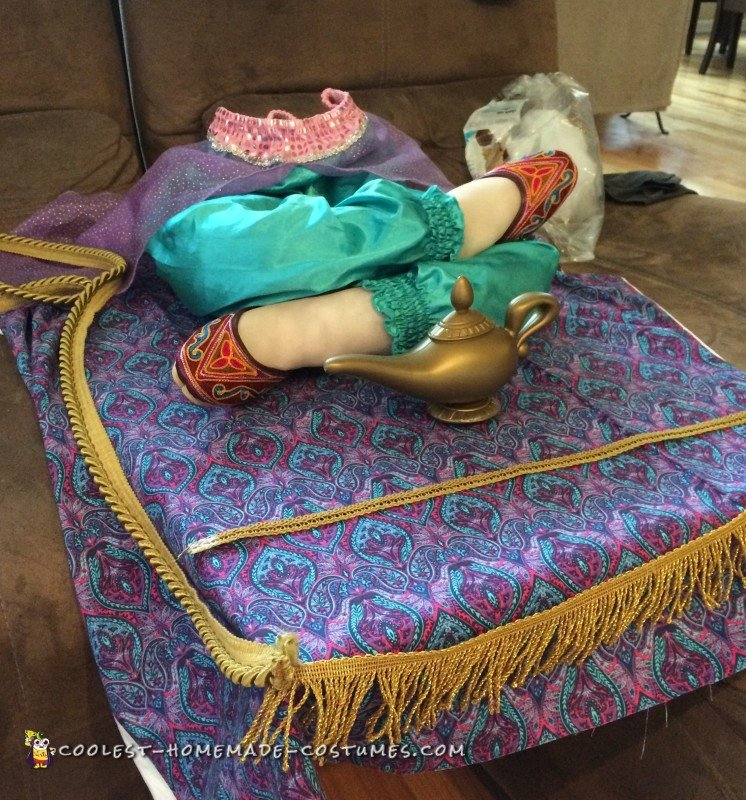 Awesome Genie on Flying Carpet Illusion Costume