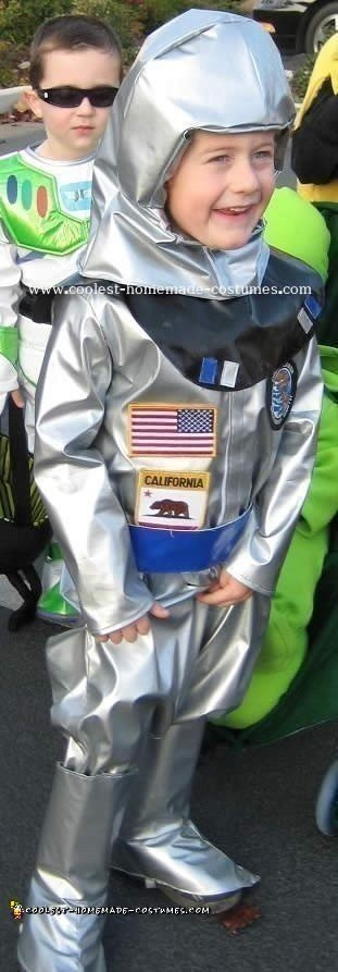 Cool Homemade Astronaut Costume Ideas