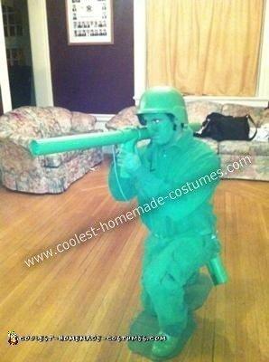 Homemade Plastic Amy Man Creative Halloween Costume