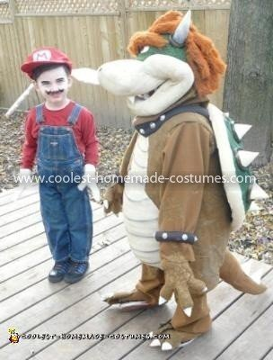 Coolest Bowser and Mario Couple Costume 25