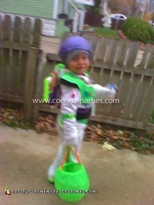 Coolest Buzz Lightyear Costume 14