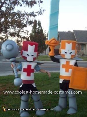 Coolest Castle Crashers Couple Costume