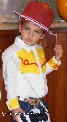 coolest-child-jessie-costume-12-21586268.jpg