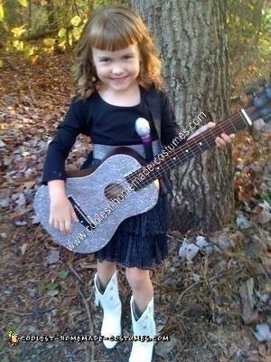 Child's Taylor Swift Halloween Costume