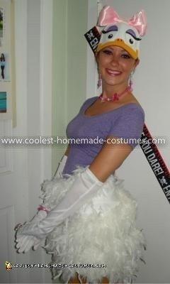 Coolest Daisy Duck Costume 2