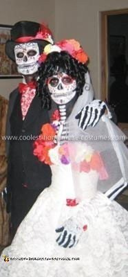 Coolest Dia de Los Muertos Adult Couple Costume