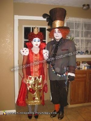 DIY Alice in Wonderland Couple Halloween Costume
