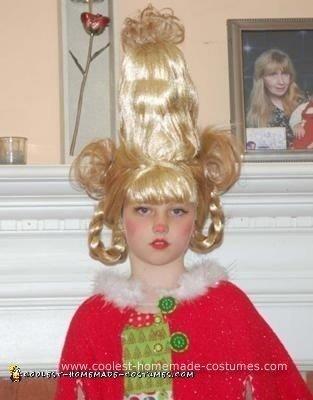 Homemade DIY Cindy Lou Who Child Halloween Costume
