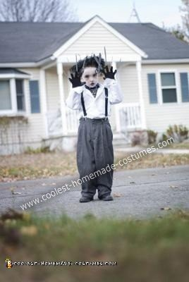 coolest-diy-edward-scissorhands-halloween-costume-11-21419430.jpg