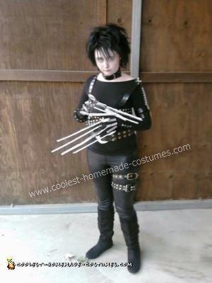 DIY Edward Scissorhands Halloween Costume