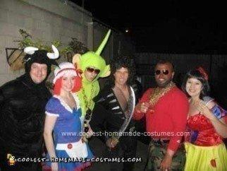 coolest-diy-mr-t-halloween-costume-22-21420824.jpg
