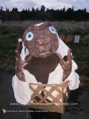 coolest-et-costume-4-21586302.jpg