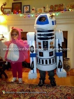 Coolest Functional R2D2 Costume 17