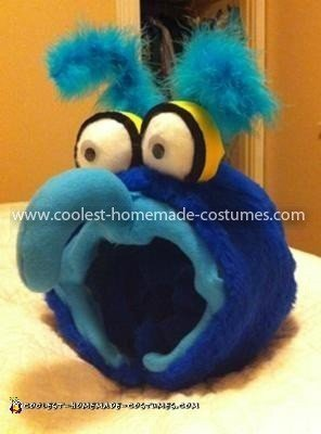 Coolest Gonzo the Muppet Baby Costume - Gonzo's head, slipped on right over my own noggin.