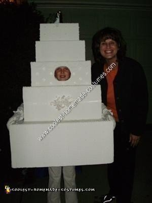Coolest Homemade Wedding Cake Halloween Costume Idea