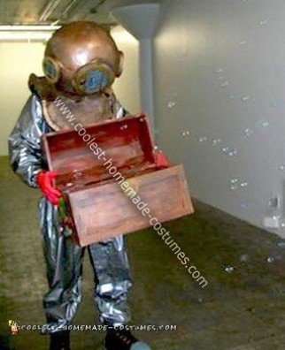 Homemade Aquarium Deep Sea Diver Costume