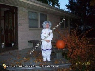 Homemade Astronaut Halloween Costume Idea