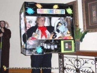 Homemade Claw Machine Halloween Costume Idea
