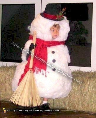 coolest-homemade-frosty-the-snowman-costume-2-21311016.jpg