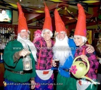 coolest-homemade-gnome-group-costume-10-21296295.jpg