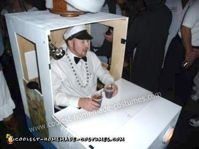 coolest-homemade-ice-cream-man-and-truck-costume-2-21301102.jpg
